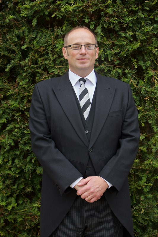 Paul Rowen - Funeral Director, Farnborough