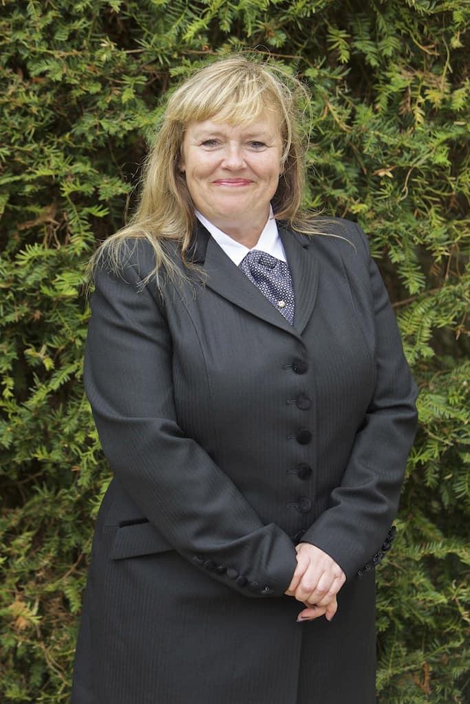 Linda Hornsby - Funeral Arranger, Frimley